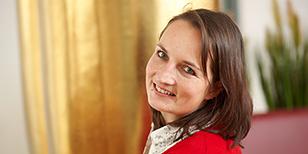 Portrait von Katrin Hallermann, Kundenservice